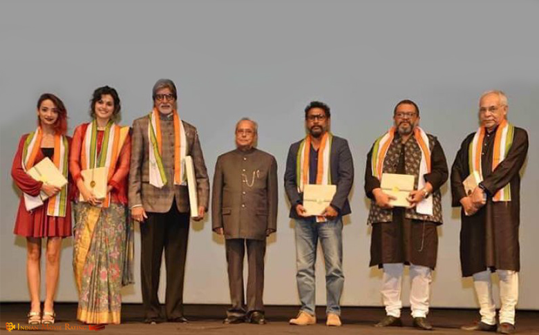 Amitabh Bachchan thanks Pranab Mukherjee for applauding 'Pink'!