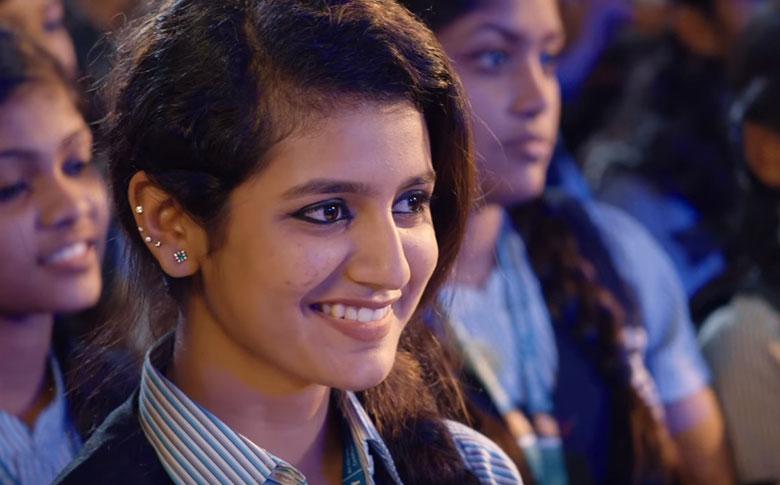 """Oru Adaar Love Song """"Manikya Malaraya Poovi"""" Goes Viral On Social Media"""